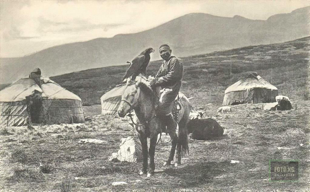 Kirghiz hunter in 1907