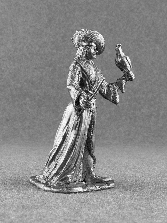 Grand Falconer of France Middle Ages 1/32 Scale Toy Soldier 54mm Handmade Tin Metal Miniature Collec