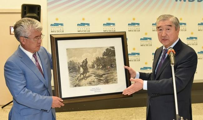 Tair Mansurov presented a painting to the National Museum of Kazakhstan