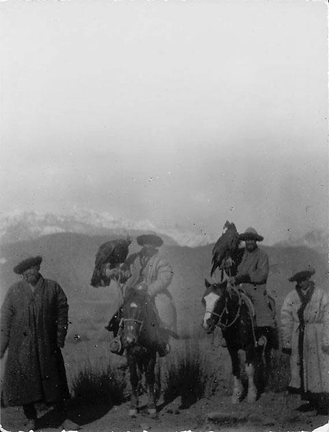 Kyrghyzes with the Golden Eagles - photo by D.Hanberry at the end of XIX century