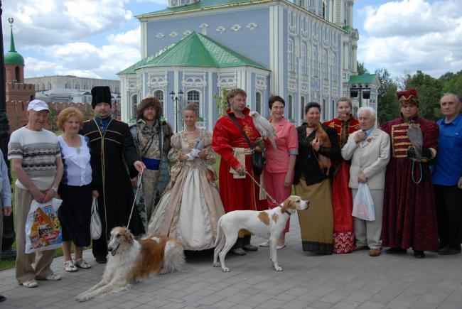 «Falconry for tsars, hunt with dogs – for aristocracy, with guns - for peasants»