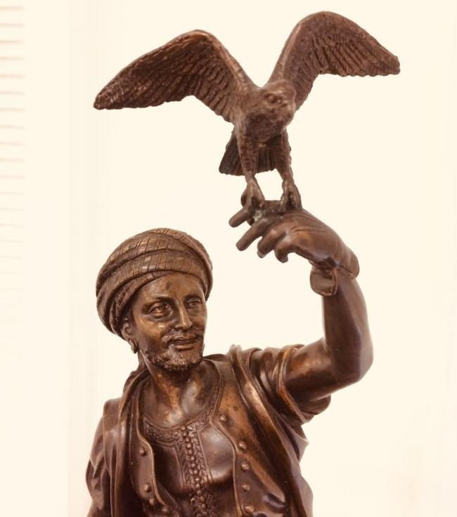 Superb French Bronze by Leon Pilet - the Falconer C.1900 5